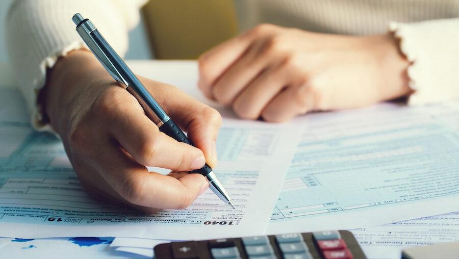 Tax Preparers Warn Unemployment Recipients Could Owe IRS